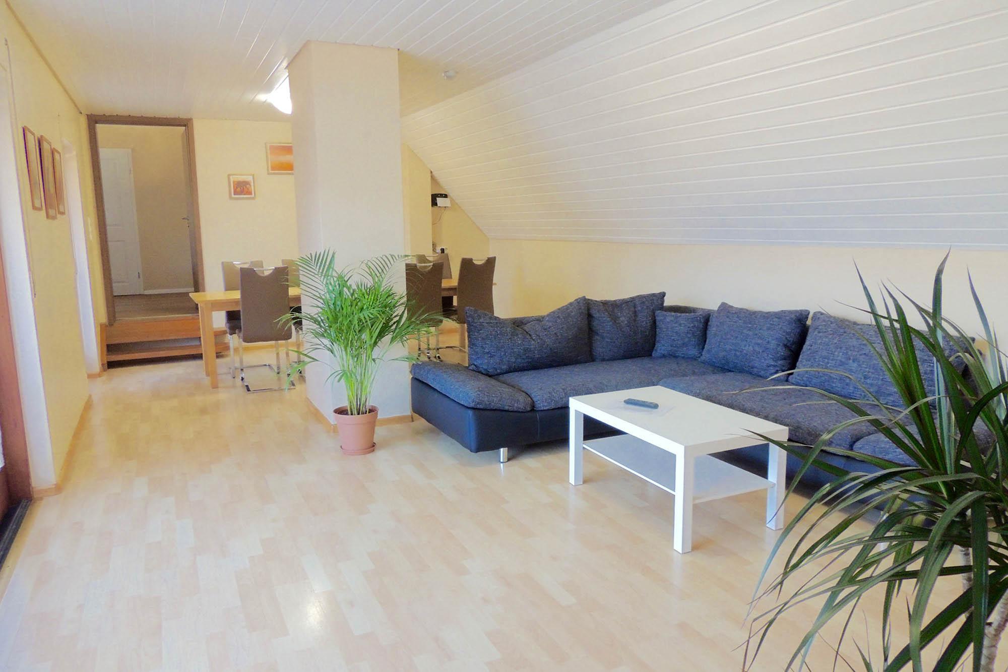 Wohnzimmer der Ferienwohnung beim Europapark Rust